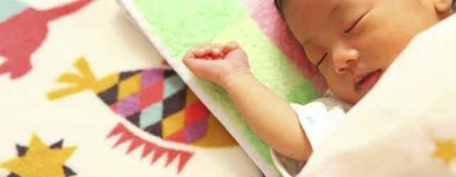 赤ちゃんがいびきをかくときに考えるべき5つのポイント