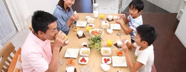 【夢占い】食事の夢を見たときの5つの意味