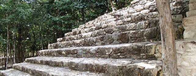 【夢占い】階段の夢を見たときの5つの意味