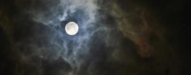月の夢を見たときの5つの意味
