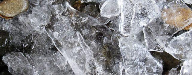 [夢占い]氷の夢を見たときの9つの意味